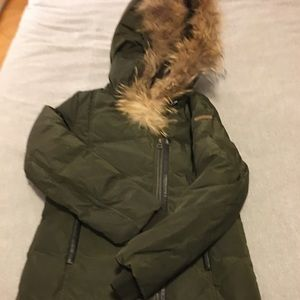 Winter jacket (girls 14, equals to adult XS)